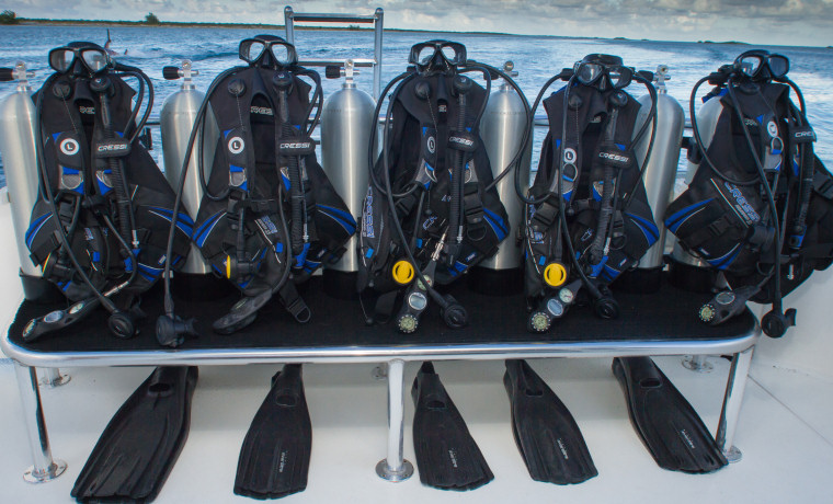 dive-equipment-3